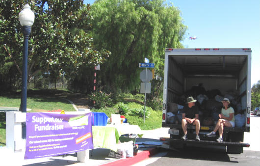 san diegans donate used textiles for charity