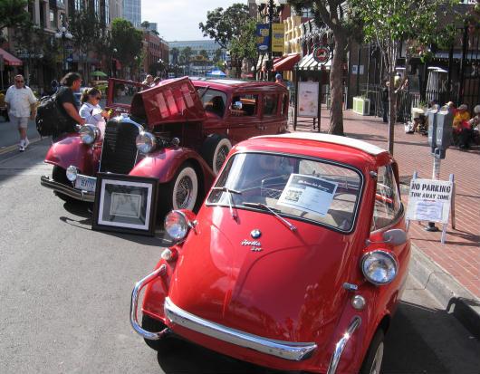 bmw isetta 300 at fifth avenue auto showcase