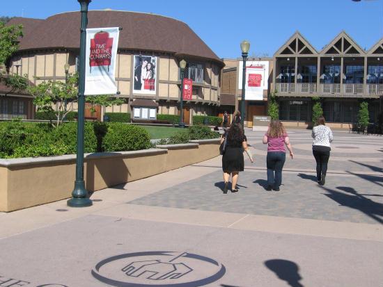 old globe theatre comes into view