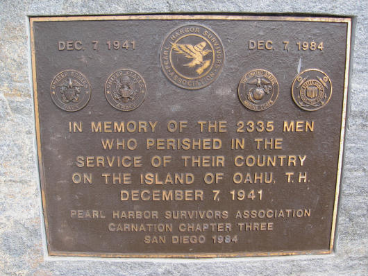 plaque memorializes victims of pearl harbor