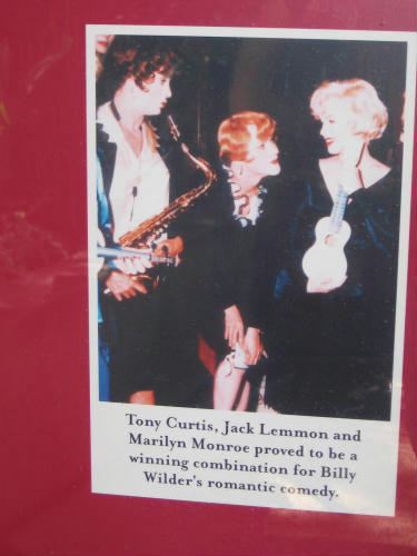 tony curtis, jack lemmon and marilyn monroe at hotel del coronado