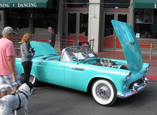 vintage car at fifth avenue auto showcase