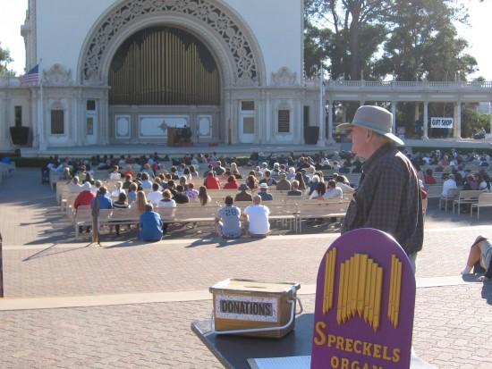 spreckels organ society volunteer at concert