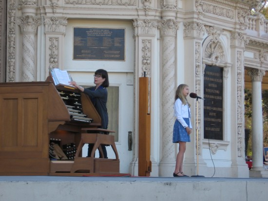 trinity schulz speaks at spreckels organ concert