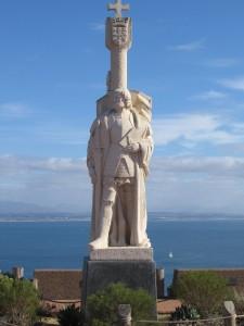 04 Statue of Juan Rodriguez Cabrillo overlooks the ocean.