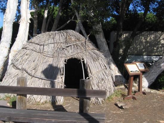 06 Recreation of Kumeyaay village at San Salvador build site.