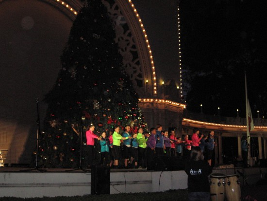 Glee Club of Australia kids sing and dance in Spreckels Organ Pavilion.