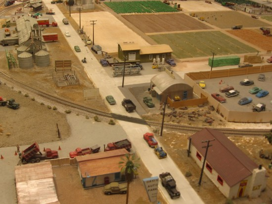 Model of a desert town at San Diego Model Railroad Museum.
