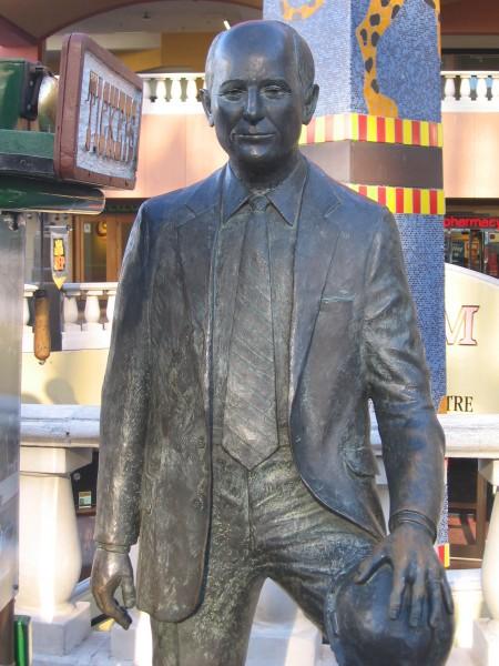 Ernest Hahn statue by Horton Plaza.