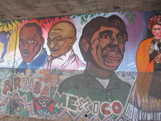 Arriba Mexico on I-5 underpass mural.