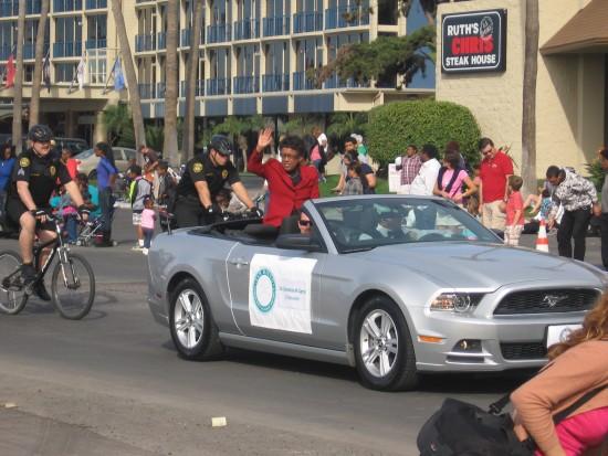 MLK Parade kicks off with many local politicians.