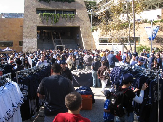 A big crowd turned out for the 2014 Padres Fanfest!
