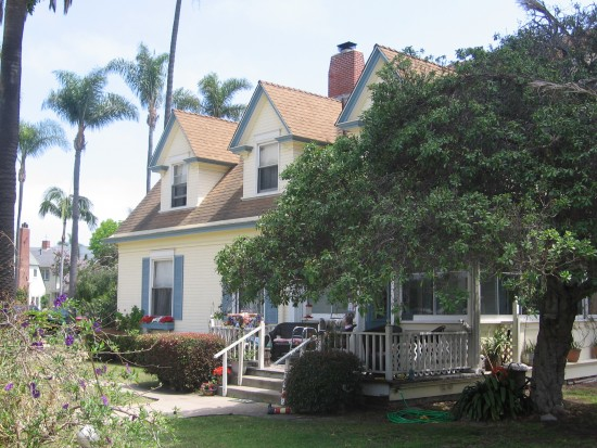 L. Frank Baum wrote several Wizard of Oz novels at this house.