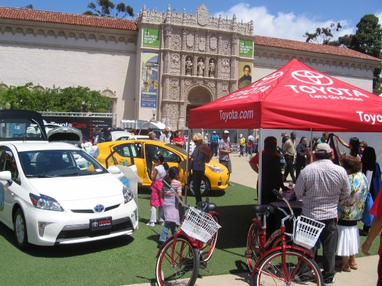 Toyota shows hybrid vehicles in front of Museum of Art.