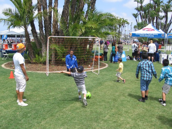 Trying to score against San Diego Sockers goalie!