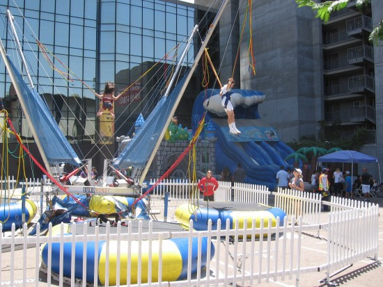 Some kids had an awesome bungee experience!