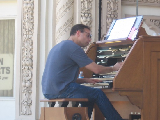 R. Jelani Eddington was 2001 Theatre Organist Of The Year.