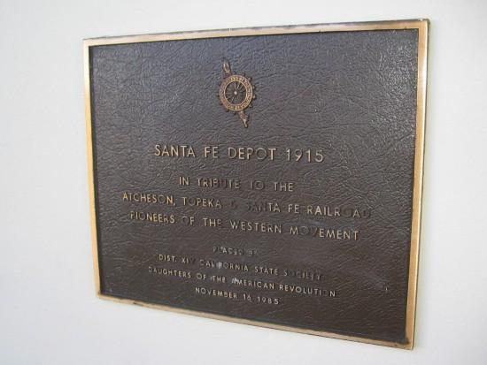 Plaque dates Santa Fe Depot from 1915.