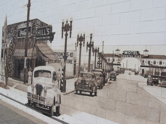 Photo mural on one wall shows old Crystal Pier and Garnet Avenue.