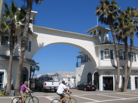Archway of Crystal Pier Hotel and Cottages at end of Garnet Avenue.