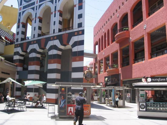 Horton Plaza is a feast for the eyes everywhere you turn.
