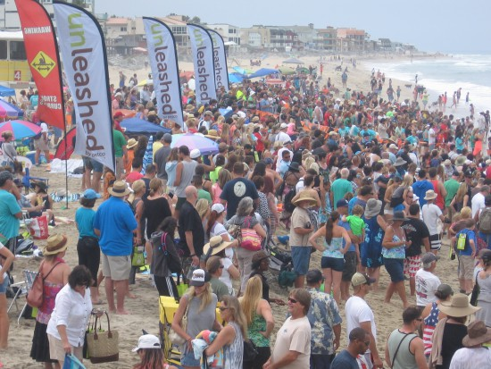 Thousands enjoy Unleashed by Petco's surf dog event!
