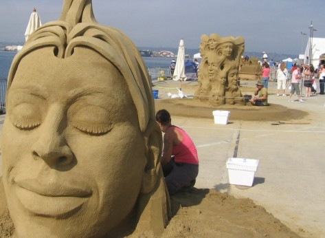 Photos of world-class sand sculptors at work!