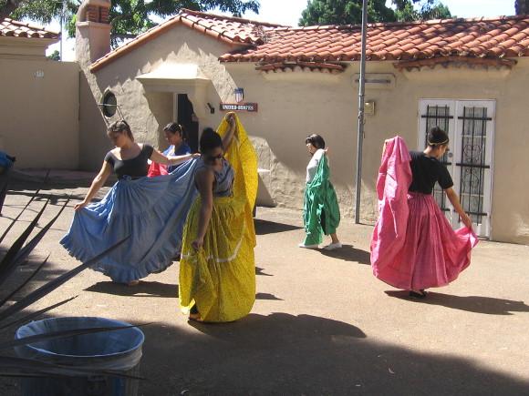 House of Panama dancers practice Saturday morning in Balboa Park.