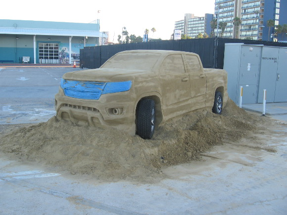 The sand truck looks unfinished and rather odd to me.