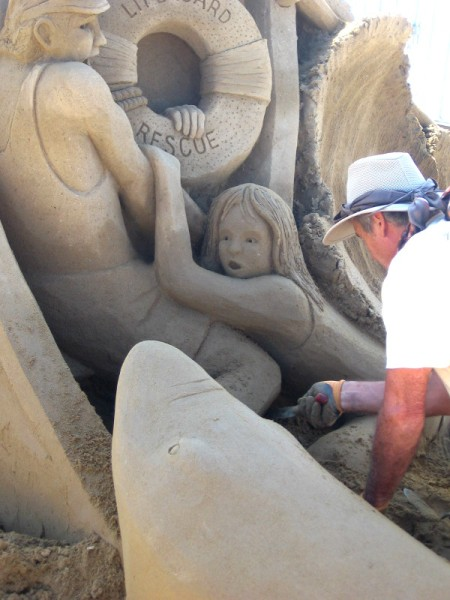 The vibe of this sand sculpture is crazy good.