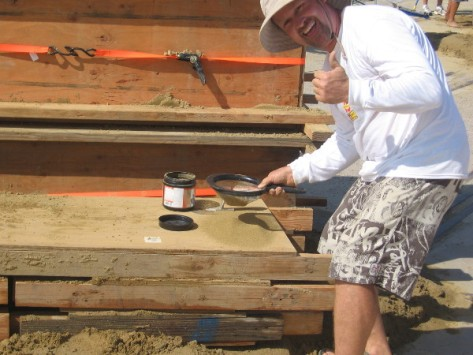 This funny dude sifting sand said he hadn't found gold yet!