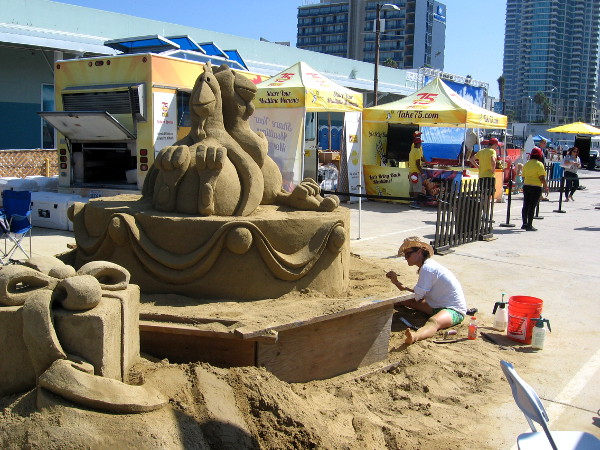 Another sponsor, Foster Farms, had their own very cool sand sculpture!