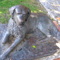 Sculpture of Bum, San Diego's famous town dog.