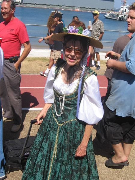 Many folks in costume were in the big crowd!