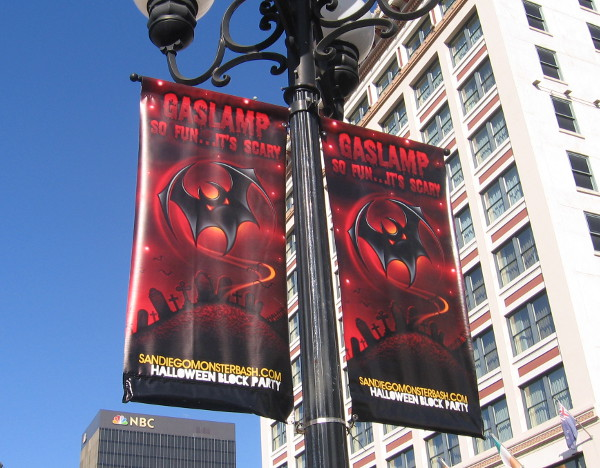 Some spooky Gaslamp Halloween banners spotted in October of 2014.
