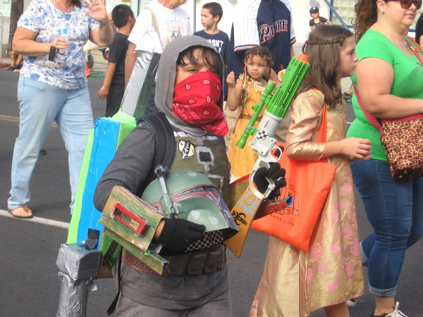 Kids marching in the parade wore every sort of cool costume you can imagine!