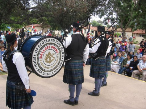 The House of Scotland performed today at the International Cottages.