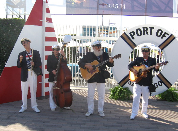 Musicians at foot of Broadway Pier entertain folks for the Port of San Diego.