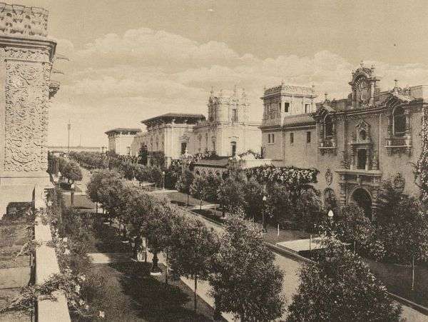 Commerce and Industries Building and Foreign Arts Building stand side-by-side on the south side of tree-lined El Prado. Today, the rebuilt structures are called the Casa de Balboa and House of Hospitality.