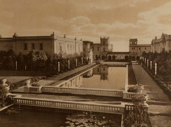 View of La Laguna de las Flores, the reflecting pool (or lagoon) at the Panama-California Exposition. This area was called the Botanical Court.