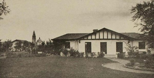 California bungalow, surrounded by model farm at the 1915 exposition. Agricultural exhibits and demonstrations were an important part of the event.