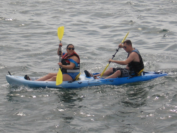Paddling away on San Diego Bay. Looks like a fun adventure!