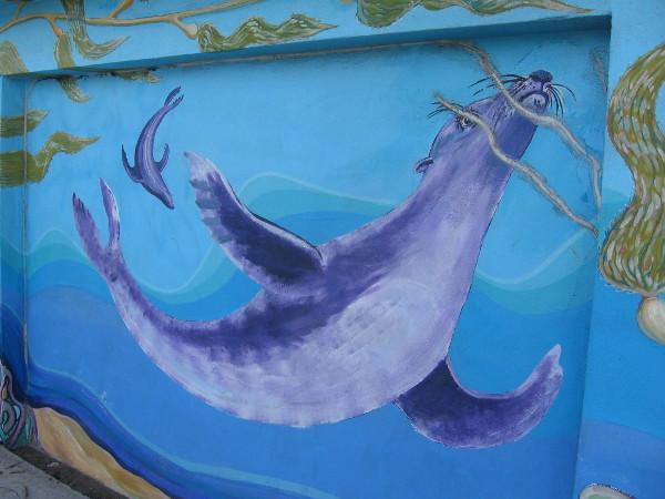 Proximity to San Diego Bay inspires painted marine animals.