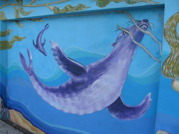 Proximity to San Diego Bay inspires painted marine animals.