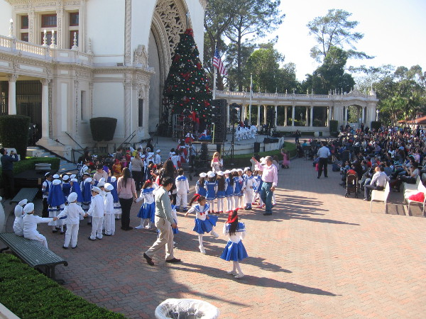 Kids from Colegio Ingles in Tijuana, Mexico perform in the Spreckels Organ Pavilion.