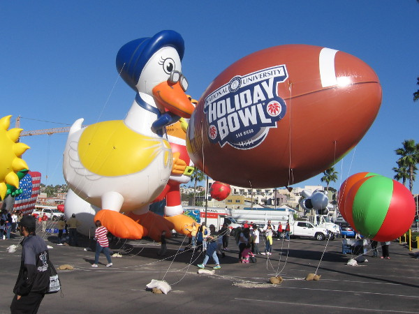 This is the nation's largest balloon parade. The event is held just before the Holiday Bowl.