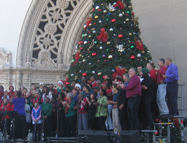 Martin Luther King Jr. Community Choir sings rousing gospel music!