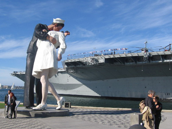 Unconditional Surrender statue on San Diego's Embarcadero near the USS Midway Museum.
