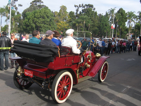 Heading out of Balboa Park for Point Loma, where historic 1915 race will be commemorated.