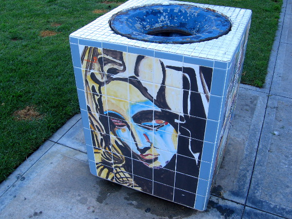 Some cool public art on a trash can in Pantoja Park.